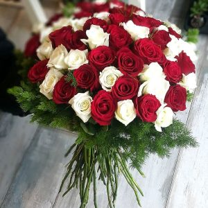 Kırmızı Ve Beyaz Aşkına